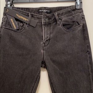 NWT Mid Rise Skinny Jean by Cult of Individuality